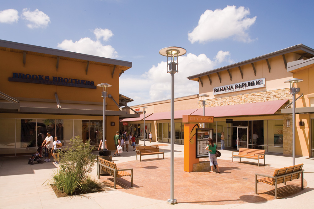 Outlet Stores in Round Rock on 0549sahibi.tk See reviews, photos, directions, phone numbers and more for the best Outlet Stores in Round Rock, TX. Start your search by typing in the business name below.
