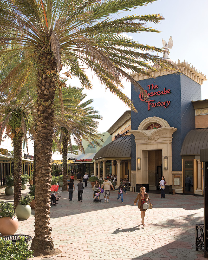 The largest outlet and value retail shopping destination in the United States. With more than retailers including Calvin Klein, Diesel, Tommy Hilfiger, Under Armour, 7 For All Mankind, ten full service restaurants, two food courts and entertainment programadereconstrucaocapilar.mlon: W Sunrise Blvd, , FL.