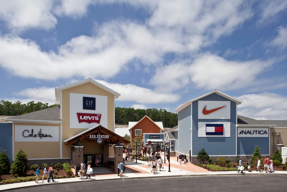 Merrimack Premium Outlets is located in Merrimack, New Hampshire and offers stores - Scroll down for Merrimack Premium Outlets outlet shopping information: store list, locations, outlet mall hours, contact and address.2/5(12).