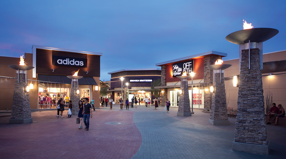 Phoenix Premium Outlets® features extraordinary savings of 25% to 65% off exceptional brands including: Saks Fifth Avenue OFF 5th, Polo Ralph Lauren, Kate Spade New York, Coach, and Nike.4/4().