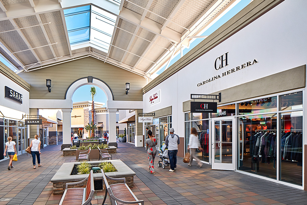 LIVERMORE, CA — A new boutique known for its jewelry, shoes, accessories recently opened at the San Francisco Premium Outlets in Livermore. Texas .