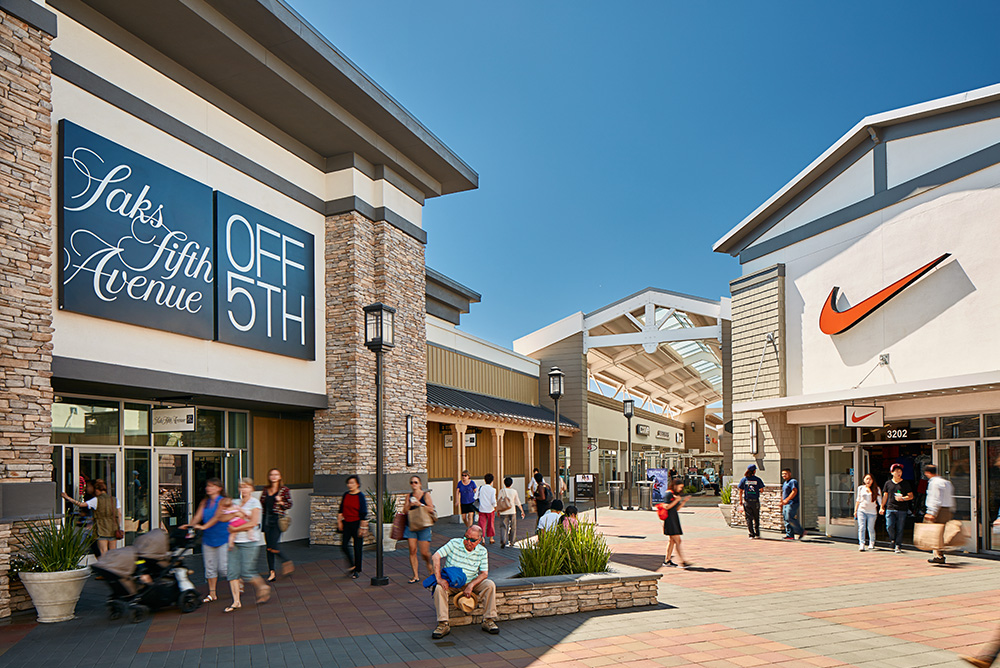 Outlet Malls near Pleasanton, CA