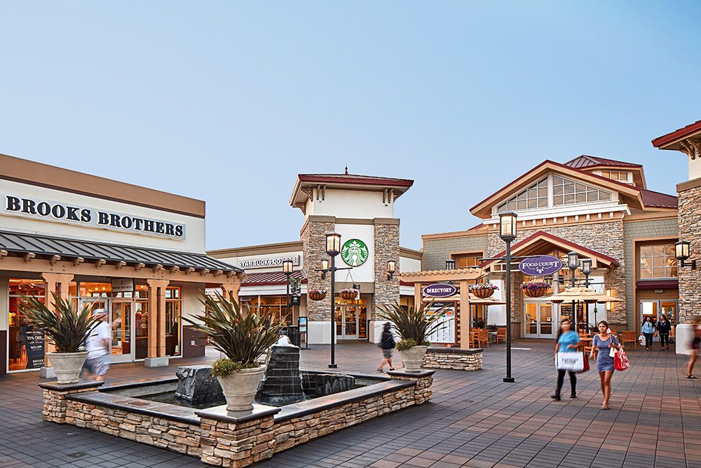 San Francisco Premium Outlets® is located just 40 miles from downtown San Francisco in California's oldest wine region; the Livermore Valley. Visit over iconic brands and designer names while enjoying Northern California's beautiful weather in the state's largest outdoor outlet shopping mall/5(1K).