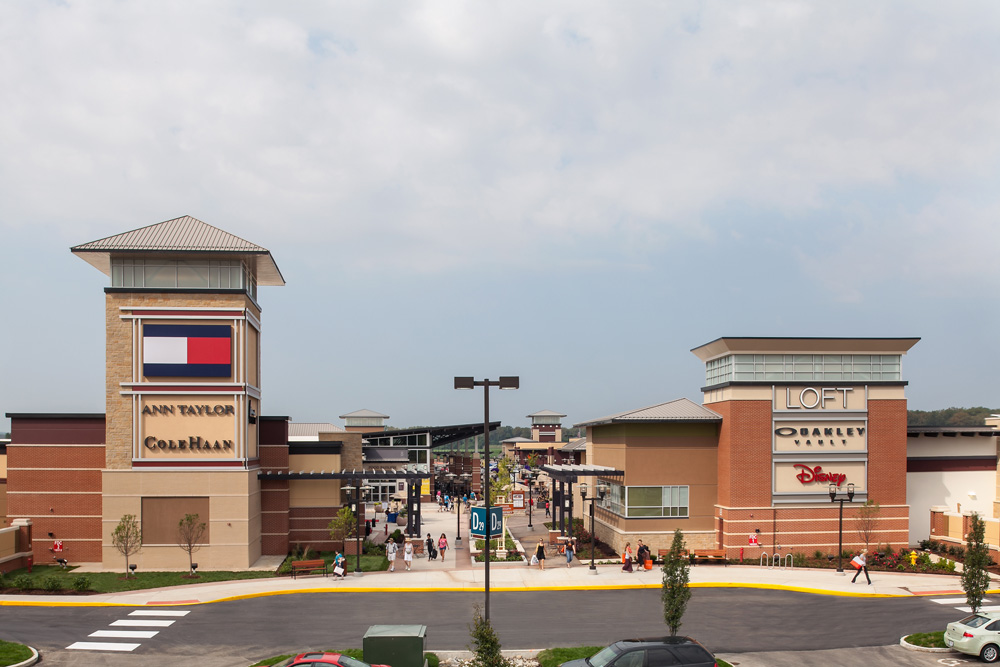 Jun 30,  · St. Louis Premium Outlets: The Best Outlet Mall in the St Louis area - See traveler reviews, 22 candid photos, and great deals for Chesterfield, MO, at TripAdvisor.5/5.