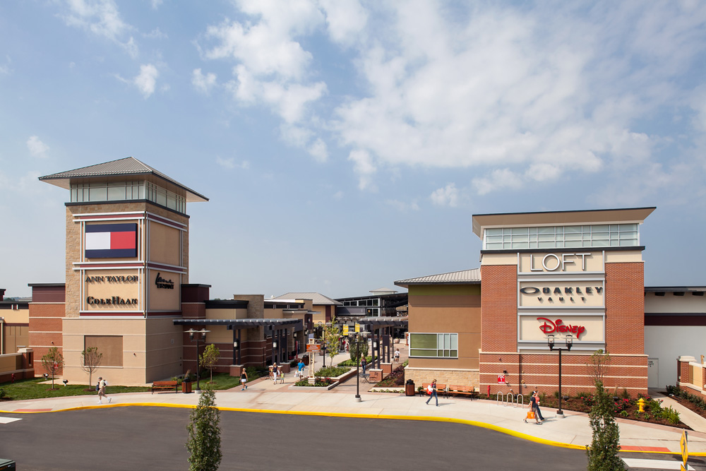 Premium Outlets in St Louis, reviews by real people. Yelp is a fun and easy way to find, recommend and talk about what's great and not so great in St Louis and beyond. Premium Outlets - Outlet Stores - Outlet Blvd, St Louis, MO - YelpLocation: Outlet Blvd St Louis, MO