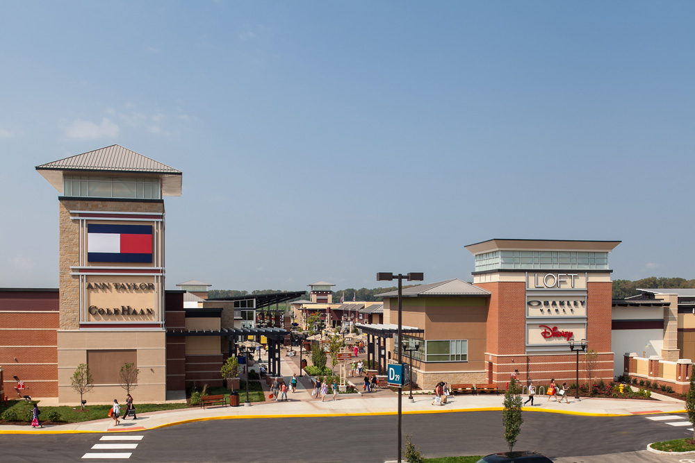St. Louis Premium Outlets is located in Chesterfield, Missouri and offers 92 stores - Scroll down for St. Louis Premium Outlets outlet shopping information: store list, locations, outlet 3/5(1).