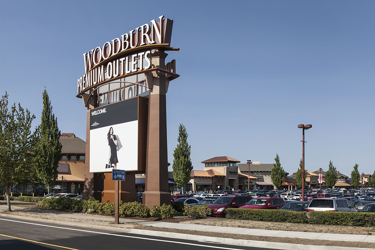 About Woodburn Premium Outlets 174 A Shopping Center In