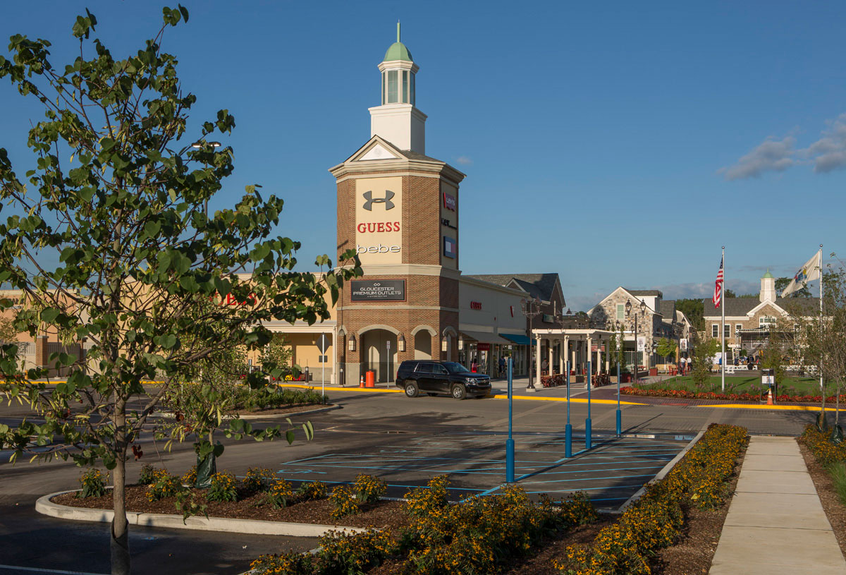 gloucester premium outlets outlet mall in new jersey location hours. Black Bedroom Furniture Sets. Home Design Ideas