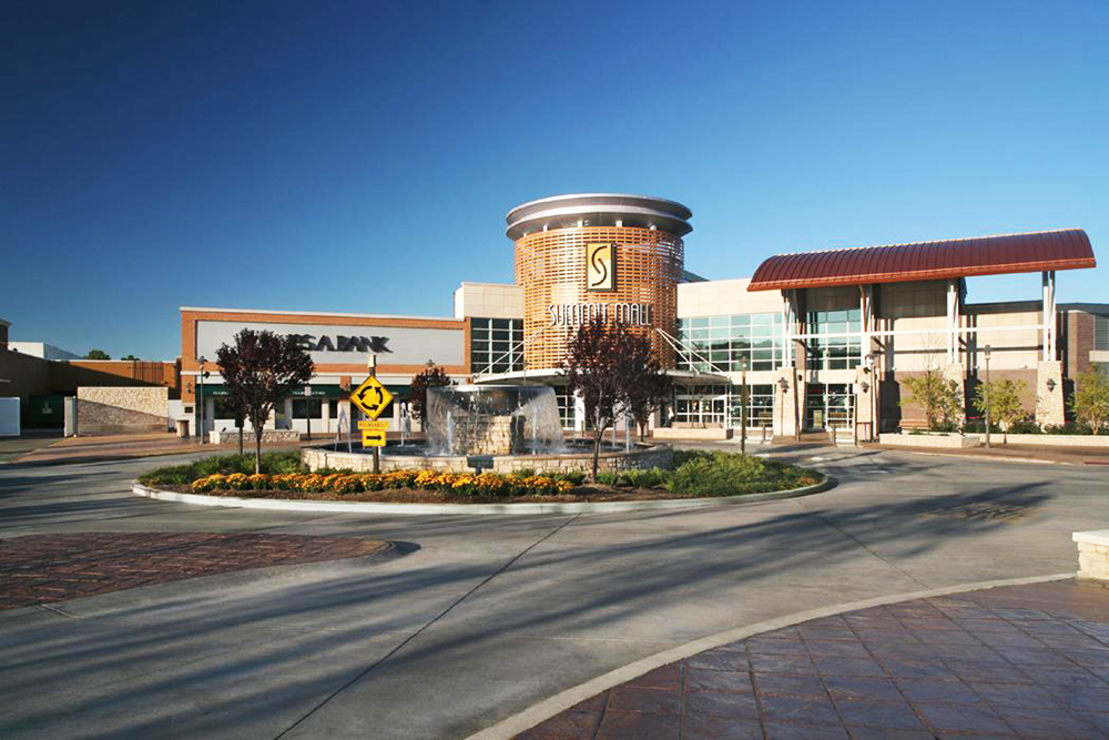 About Summit Mall - A Shopping Center in Fairlawn, OH - A Simon ...