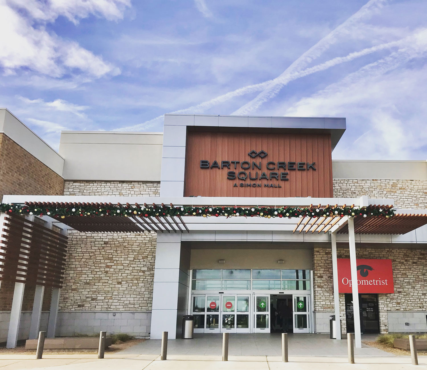 Sears at Barton Creek Square is located southeast of Austin on the northeast corner of Mopac loop 1 and Capital of Texas Highway loop Call us to find out our regular and holiday hours at so you can plan a great day of shopping with family and friends.