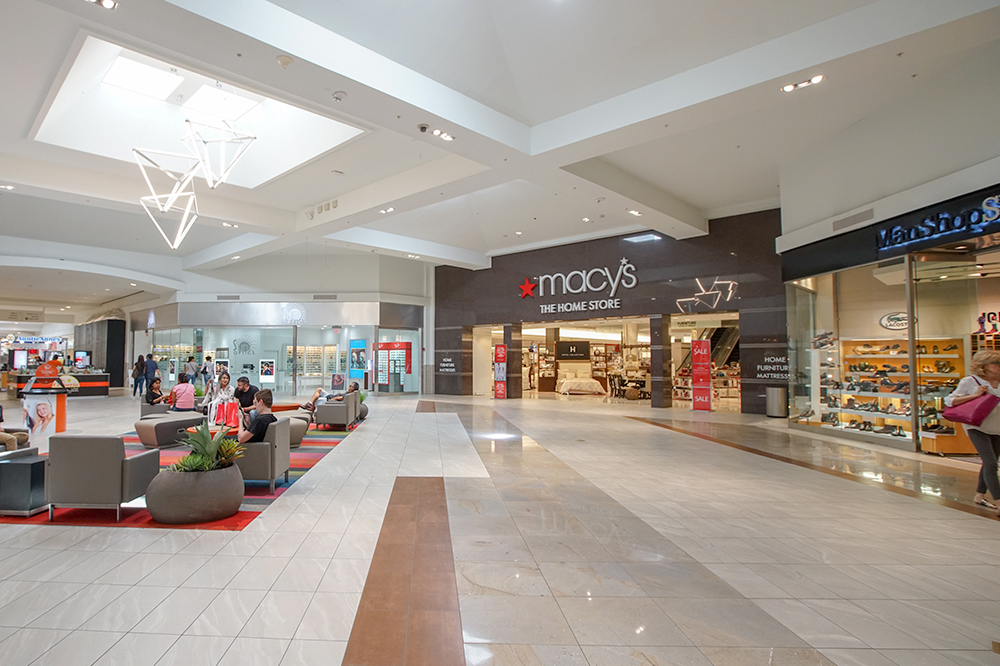About La Plaza - A Shopping Center in McAllen, TX - A Simon Property