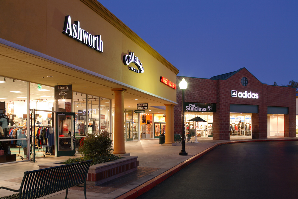 Complete List Of Stores Located At Gilroy Premium Outlets ...