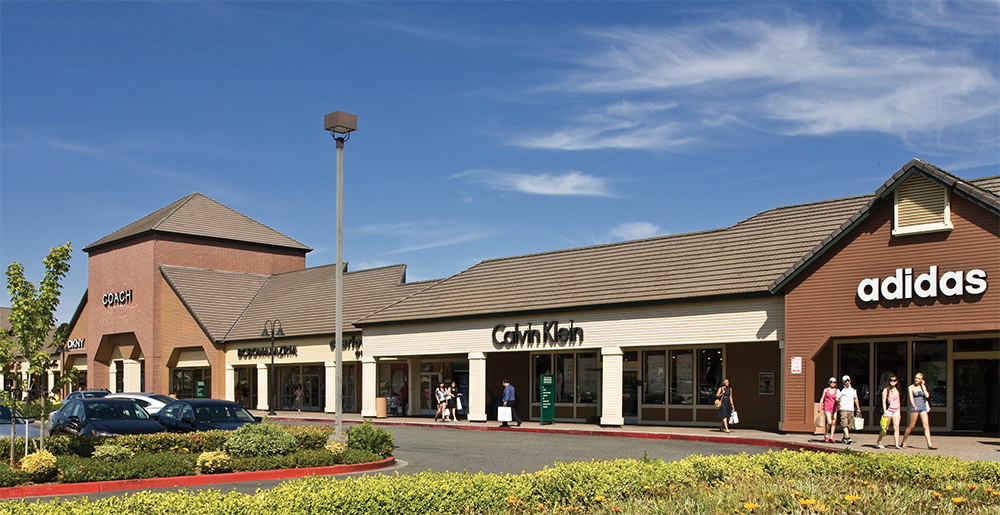 Vacaville Premium Outlets is a beautiful outdoor shopping property in Northern California, boasting stores including Banana Republic, Gucci, stilyaga.tk, Kate Spade, Nike, and Restoration Hardware. As one of the areas largest shopping destinations, Vacaville Premium Outlets serves the nearby communities of San Francisco, Napa Valley, and Sacramento.