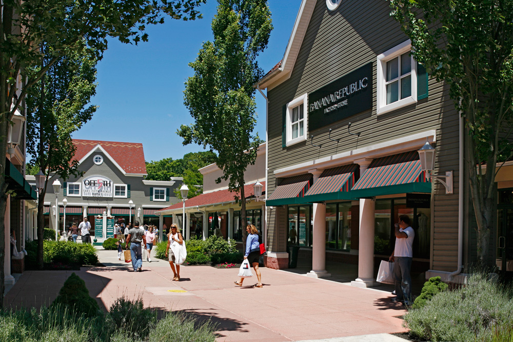 Clinton Crossing Premium Outlets, Clinton, Connecticut: Rated of 5, check Reviews of Clinton Crossing Premium Outlets, Shopping Mall/5().
