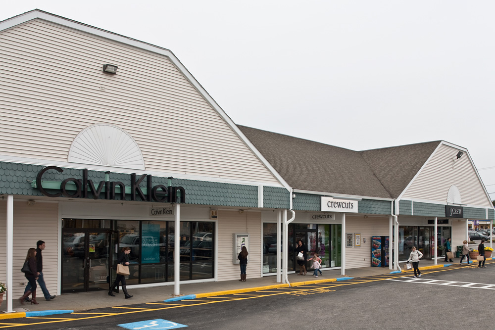 nike outlet kittery maine hours