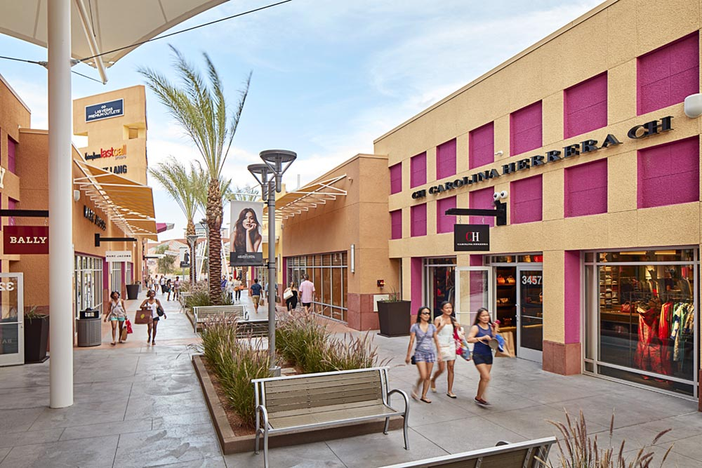 The Fashion Outlets of Las Vegas is located 36 miles south of the Las Vegas Strip at Exit 1 in Primm, Nevada off I and features more than designer outlets and a Food Court.