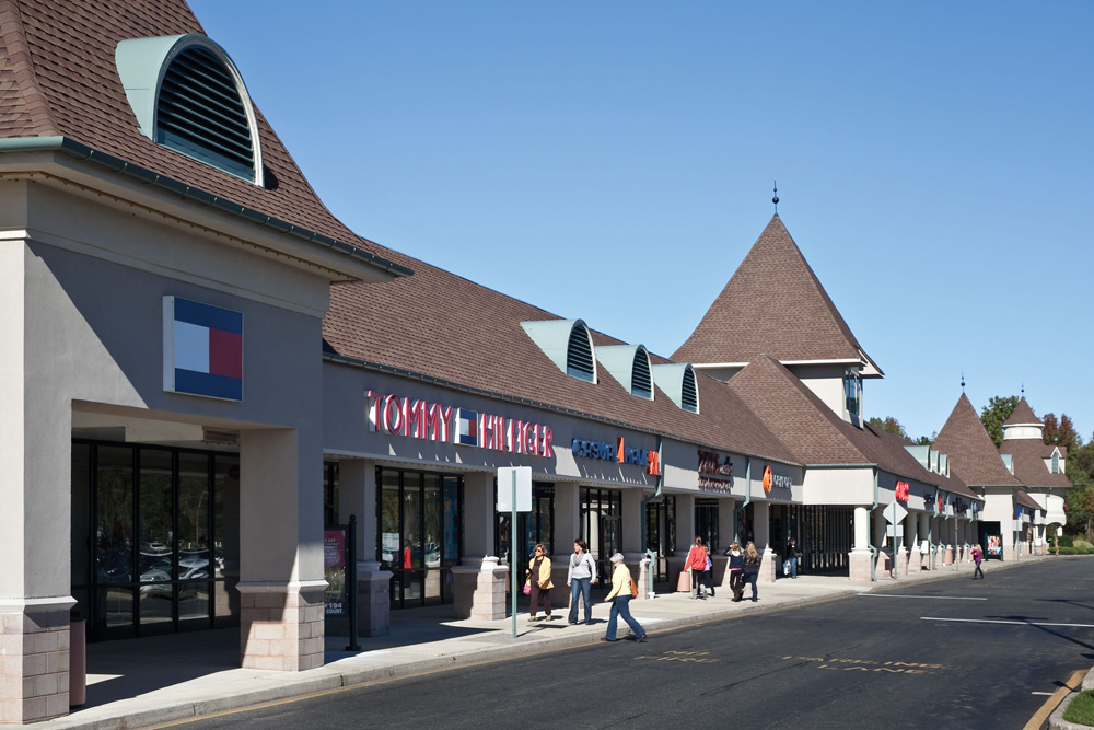 Jackson Premium Outlets is an outlet center located in Jackson, New Jersey. The center is owned by Premium Outlets, a subsidiary of Simon Property Group, and takes its name from the town in which it 4/5(40).